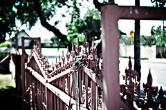 Fence Lomo Style (yik3000) Tags: lomo canonef1635f28lii