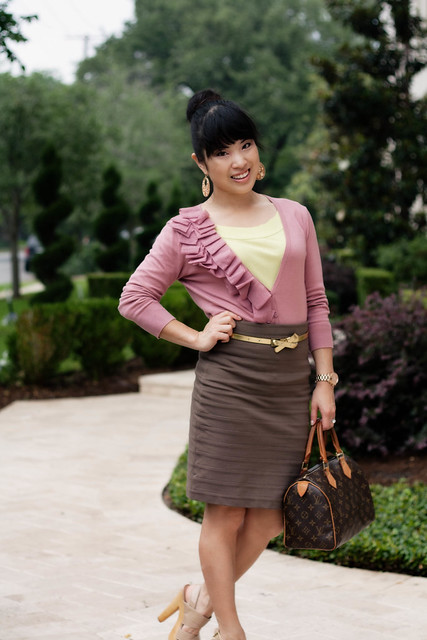 loft pink ruffle cardigan the limited lime tee express high waisted bandage skirt gold skinny belt steve madden pleasant louis vuitton speedy 25