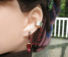 Red and black cartilage chain ear cuff