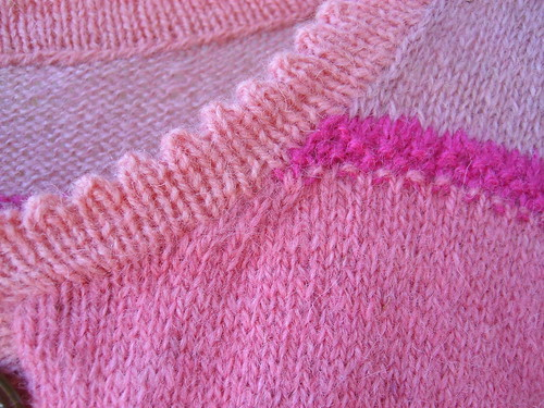 Pink cardi - detail