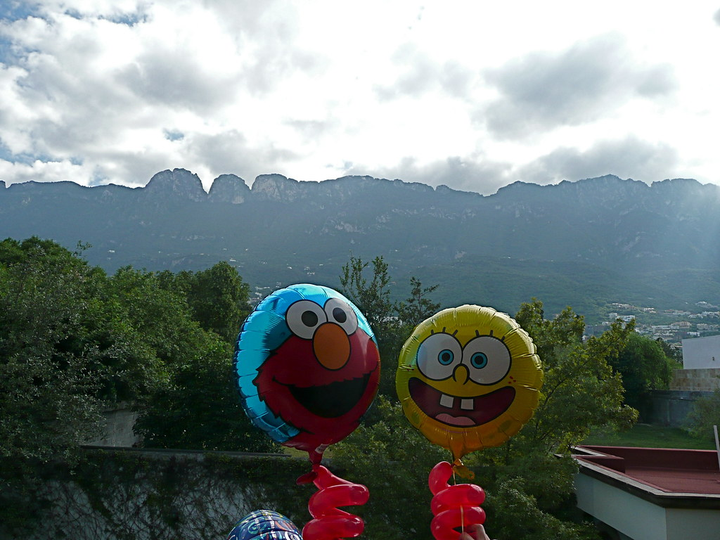 The World S Best Photos Of Globos And Spongebob Flickr Hive Mind