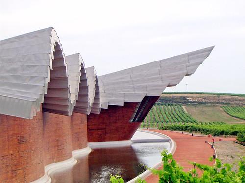 Bodegas Ysios, Álava, Spain