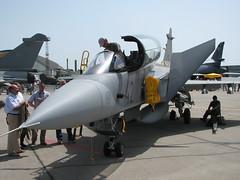 Front: JAS-39 Gripen
