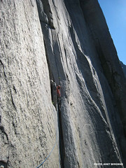 Freddie, moving off of Dolt Tower (Mountain Hardwear) Tags: california climbing yosemite elcapitan rockclimbing wallclimbing thenose mountainhardwear freddiewilkinson janetbergman