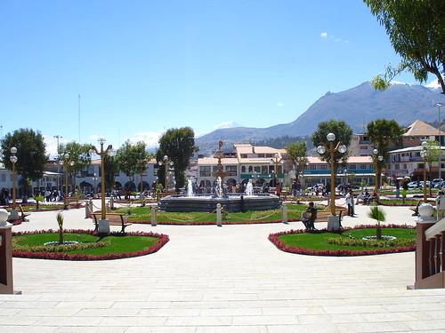 DSC06483 New Mainsquare Huaraz Ancash Peru