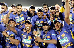 Sri Lanka wins the Asian Cricket Cup - 2008 (South Asian Foreign Relations) Tags: karachi july6 indiavsrilanka thesrilankanteamposewiththetrophy asiacupfinal 2008afp