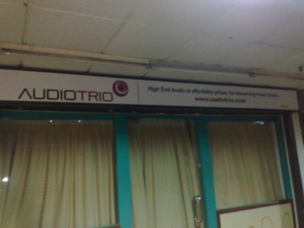 AudioTrio