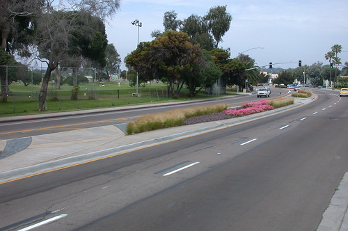 Grand Avenue Median Improvements - Pacific Beach, California