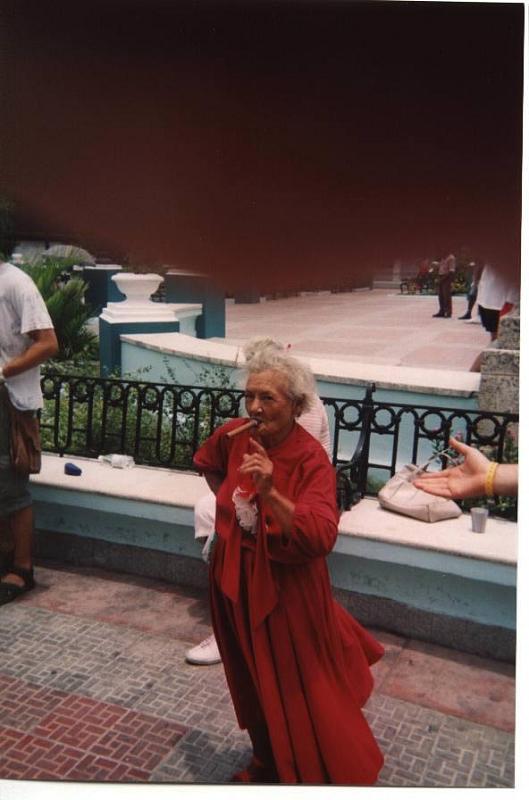 Cuba: fotos del acontecer diario 2703741245_f80f1ed473_o