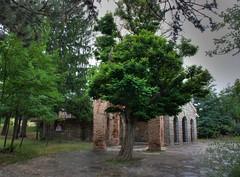 Kazanlak's tomb protective structure (Klearchos Kapoutsis) Tags: bulgaria tomp antiquity kazanlak  thracians   thraciantomp