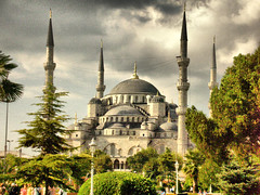 The blue mosque, Istanbul 2006 (Roberto Rocco) Tags: blue sky history cityscapes istanbul mosque hdr