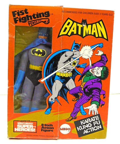 8_batmanfistfighting