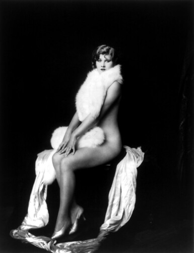 Frieda Mierse, Ziegfeld girl, by Alfred Cheney Johnston, ca. 1932 par …trialsanderrors