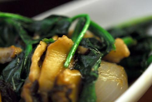 spinach and shiitake mushrooms - DSC_1655