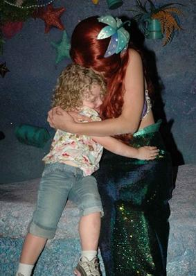 ariel hug
