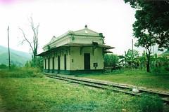 solitude (chipi-chipi) Tags: colombia trainstation tropic antioquia cisneros
