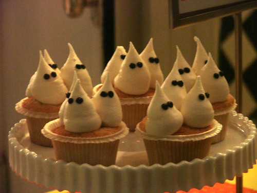 Ghosty Cupcakes from One Girl
