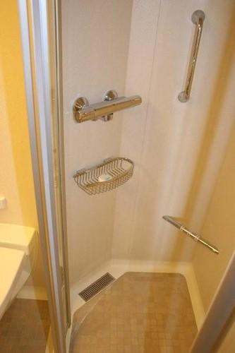 Solstice/Equinox Bathroom Question 3020716259_20115bec8d