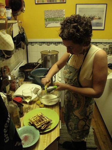dory makes waffles