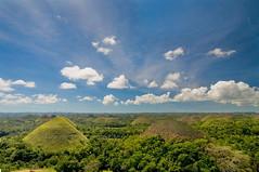 Chocolate Hills (B2Y4N) Tags: mountains green nature clouds bohol visayas chocolatehills tagbilaran