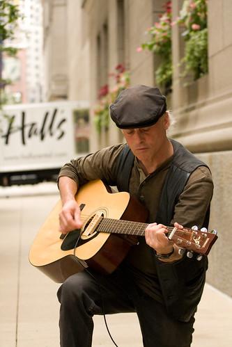 ajkane_090821_chicago-street-musicians_055