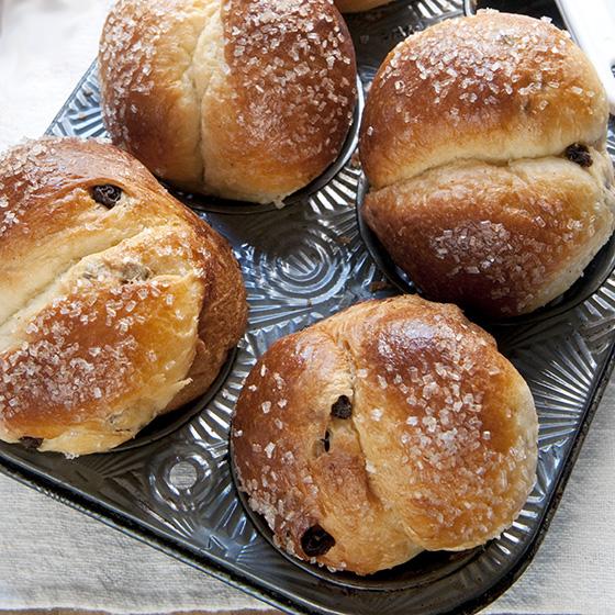 sugar crusted raisin brioche 3