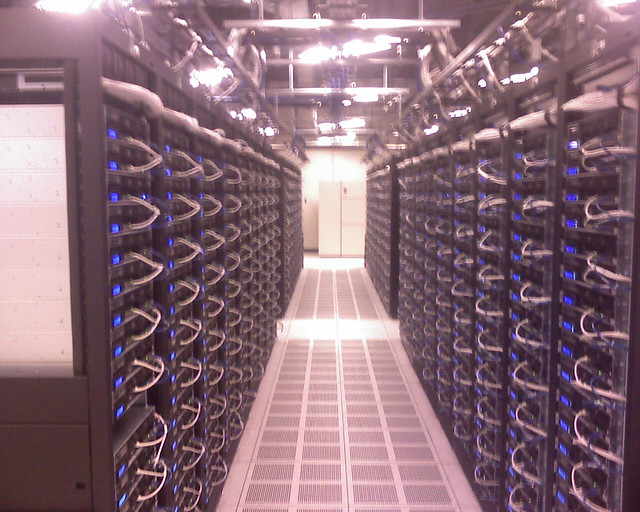 Facebook Data Center Servers