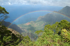 Kauai Rainbow (Ken'sKam) Tags: landscape hawaii rainbow kauai tropical viewpoint naturesfinest abigfave