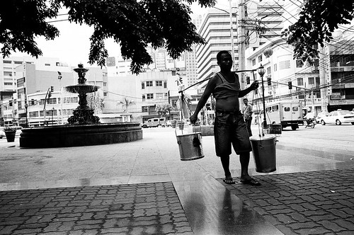 Philippines Pinoy Filipino Pilipino Buhay Life people pictures photos life  city, ambulant, food, man, scene, street, peddler, Binondo, Manila, taho