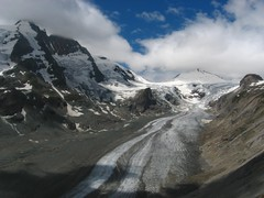 Alps - Pasterze Glacier and Groglockner (Karol Majewski) Tags: white snow mountains alps ice glacier gletscher gry hohe grossglockner hochalpenstrasse lodowiec pasterze tauern wysokie taury grosglockner karoleck