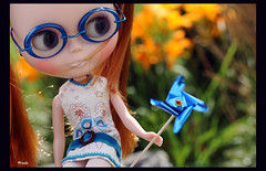Of Sunny Days and Windmills (rockymountainroz) Tags: takara mungo pwp sbl squeakymonkey jeanshrimpton neoblythe happibugcustom