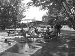 Summertime (dm|ze) Tags: family summer bw pool gathering personpeople