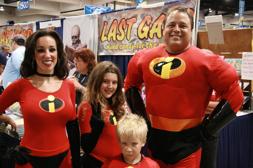 Incredibles (Marco40134) Tags family costumes men comics women sandiego comiccon incredibles cosplayers hotbabesincostumes  sc 1 st  Fiveprime & The Worldu0027s Best Photos of incredibles and sandiego - Flickr Hive Mind