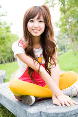 (swanky) Tags: portrait people woman cute girl beauty canon asian eos model asia pretty taiwan babe taipei   tamron 2008 taiwanese 30d  taipeifineartsmuseum  tfam a16 1750mm   difocus  tamronspaf1750mmf28xrdiiildasphericalifmodela16  angel198817     hongshih