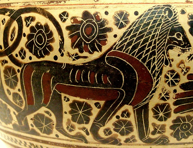 Lion decoration on pyxis (cosmetic box)