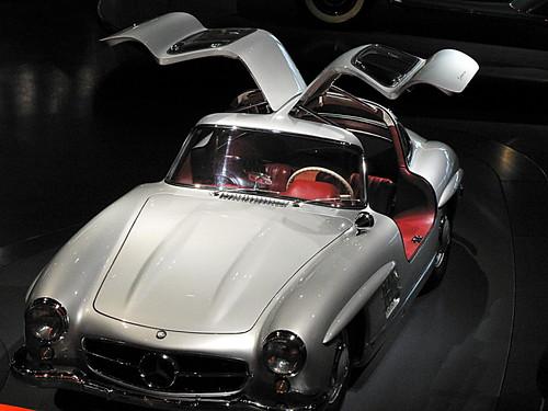 Mercedes-Museum_18