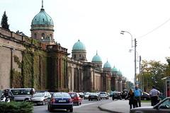 Row of domes (LusoFox) Tags: traffic cemetary croatia zagreb cemitério trânsito hrvatska mirogoj croácia canonefs1755mmf28isusm canoneos40d