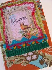 [ pormenor 55 ] ( Atelier Encantado ) Tags: vintage calendar oldphotos fabrics tecidos fitas fotosantigas diarys gales agendas atelierencantado