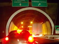 autoroute (video_max) Tags: cars rain machine usual giallo stop neve luci rosso pioggia galleria fermi coda traffico automobili autostrada incidente uomini higway freni scemo videomax rioad scemnza umnana