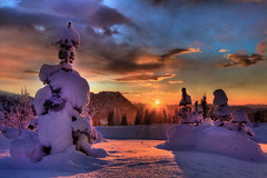 Blazing Sunset On Mount Rainier (kevin mcneal) Tags: winter sunset snow sunrise canon nationalpark paradise seasons mountrainier mountrainiernationalpark pacificnorthwest washingtonstate winterscape longmire worldbest canon5dmk2 longmireinn