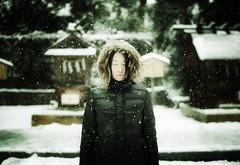pray, in January 1. (zeissizm) Tags: portrait woman snow girl japan zeiss 35mm canon eos f14 pray newyear carl 5d markii distagon masterpiecesoflightdark eos5dmarkii