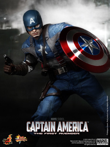 Hot Toys - Captain America_The First Avenger_Captain America_PR9