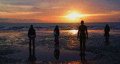 sunset statues (Mr Capac) Tags: statues gormley crosby gormleystatues