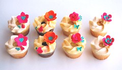 Engagement Order (~Trs Chic Cupcakes by ShamsD~) Tags: by cupcakes colours candy african ganache south explore tres chic proudly buttercream sweettreats designercupcakes shamsd shamimadesai madeinsouthafrica cupcakesinsouthafrica cupcakesfromsouthafrica cupcakesinpietermaritzburg weddingcupcakesinsouthafrica weddingcupcakesinpietermaritzburg