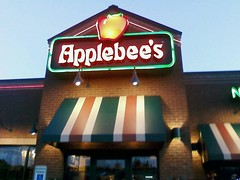 Applebee's (Adorkable21) Tags: fun applebees sheena hangout
