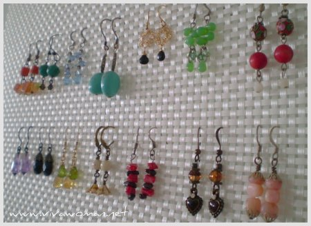 2595753640 f05468453e o How to store & organize your hook earrings