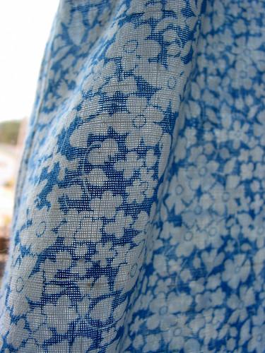 crochet_bodice_fabric_detai