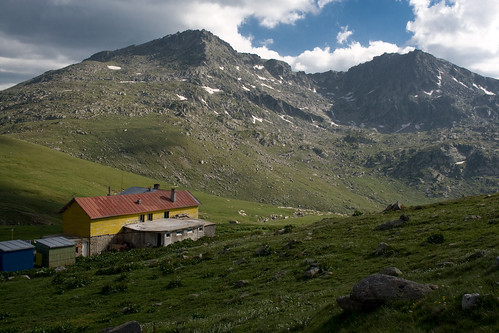 Ivan Vazov Hut