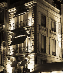 Faades at night (Gregory Bastien) Tags: windows light paris france stone delete10 architecture night delete9 geotagged delete5 delete2 interestingness delete6 lumire pierre faades delete7 save3 delete8 delete3 delete delete4 save save2 save4 save5 nuit iledefrance panam fentres parisbynight 75008 8earrondissement pentaxk10d gotagge ruefranois1er gregorybastien parisianphotography