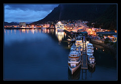 Juneau, Alaska, at night (LouisY55) Tags: alaska juneau photoquebec lysdor